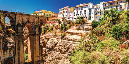 See the best of Spain and Portugal on a small group tour
